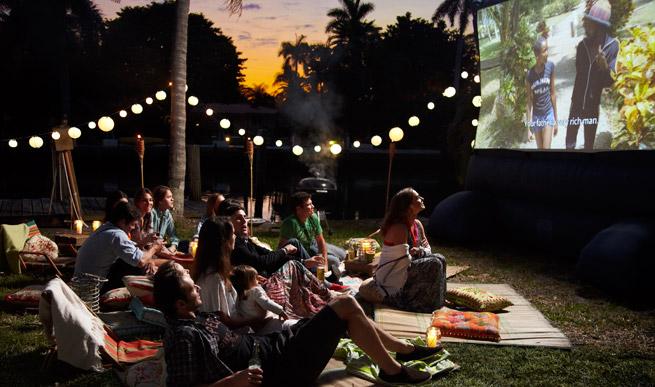 summer party ideas, backyard movie night, outdoor movie night